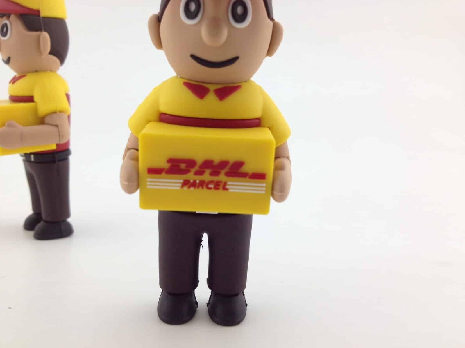 DHL bezorger USB stick